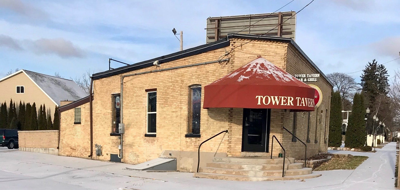 Tower Tavern manitowoc bar and grill